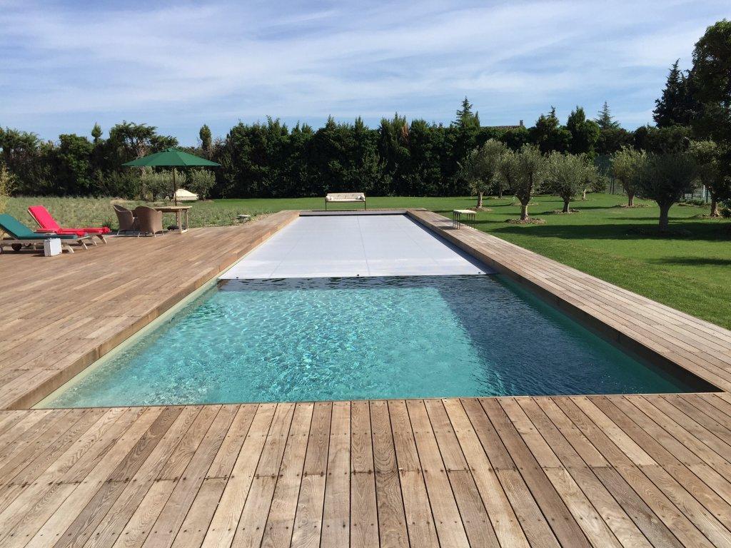 Nos r alisations avec liner vert argile reynaud piscines for Remplacement liner par resine piscine